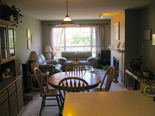 """Photo 5: 215 2559 PARKVIEW Lane in Port Coquitlam: Central Pt Coquitlam Condo for sale in """"THE CRESCENT"""" : MLS®# V1143464"""