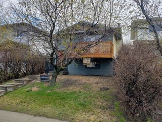 Photo 2: 11 Whitworth Way NE in Calgary: Whitehorn Detached for sale : MLS®# A1077210