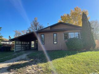Photo 1: 241 30th Street in Battleford: Residential for sale : MLS®# SK871719