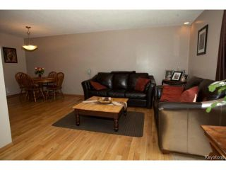 Photo 3: 391 Dubuc Street in WINNIPEG: St Boniface Residential for sale (South East Winnipeg)  : MLS®# 1406279