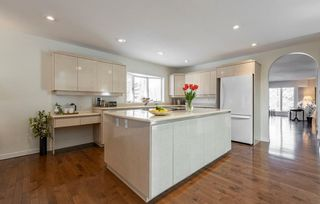 Photo 12: 230 OMAND Drive in Edmonton: Zone 14 House for sale : MLS®# E4239966