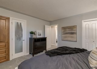 Photo 19: 563 Woodpark Crescent SW in Calgary: Woodlands Detached for sale : MLS®# A1095098