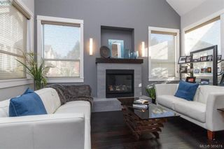 Photo 3: 428 Nursery Hill Dr in VICTORIA: VR Six Mile House for sale (View Royal)  : MLS®# 774975