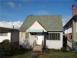 "Photo 4: 627 E 28TH Avenue in Vancouver: Fraser VE House for sale in ""FRASER"" (Vancouver East)  : MLS®# V865109"