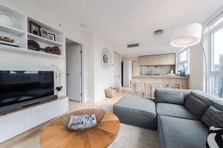 """Photo 4: 2207 1351 CONTINENTAL Street in Vancouver: Downtown VW Condo for sale in """"MADDOX"""" (Vancouver West)  : MLS®# R2040078"""
