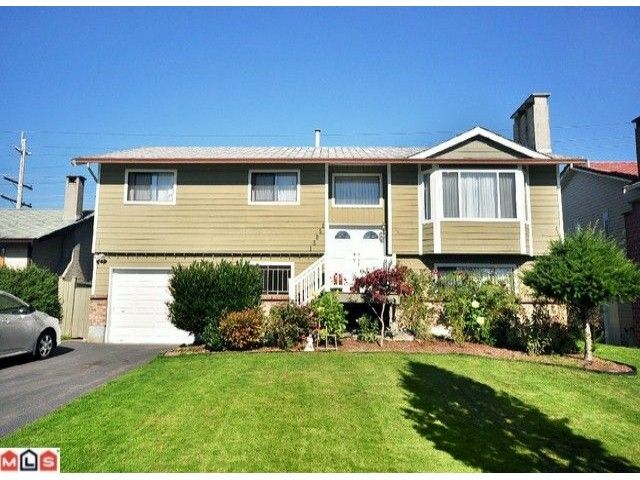 Photo 1: Photos: 15051 95th Avenue in Surrey: House for sale : MLS®# F1025803