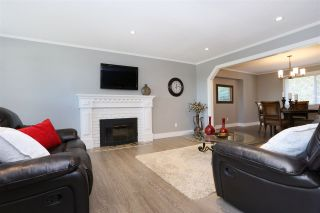 """Photo 13: 18875 57 Avenue in Surrey: Cloverdale BC House for sale in """"Fairway Estates"""" (Cloverdale)  : MLS®# R2445058"""