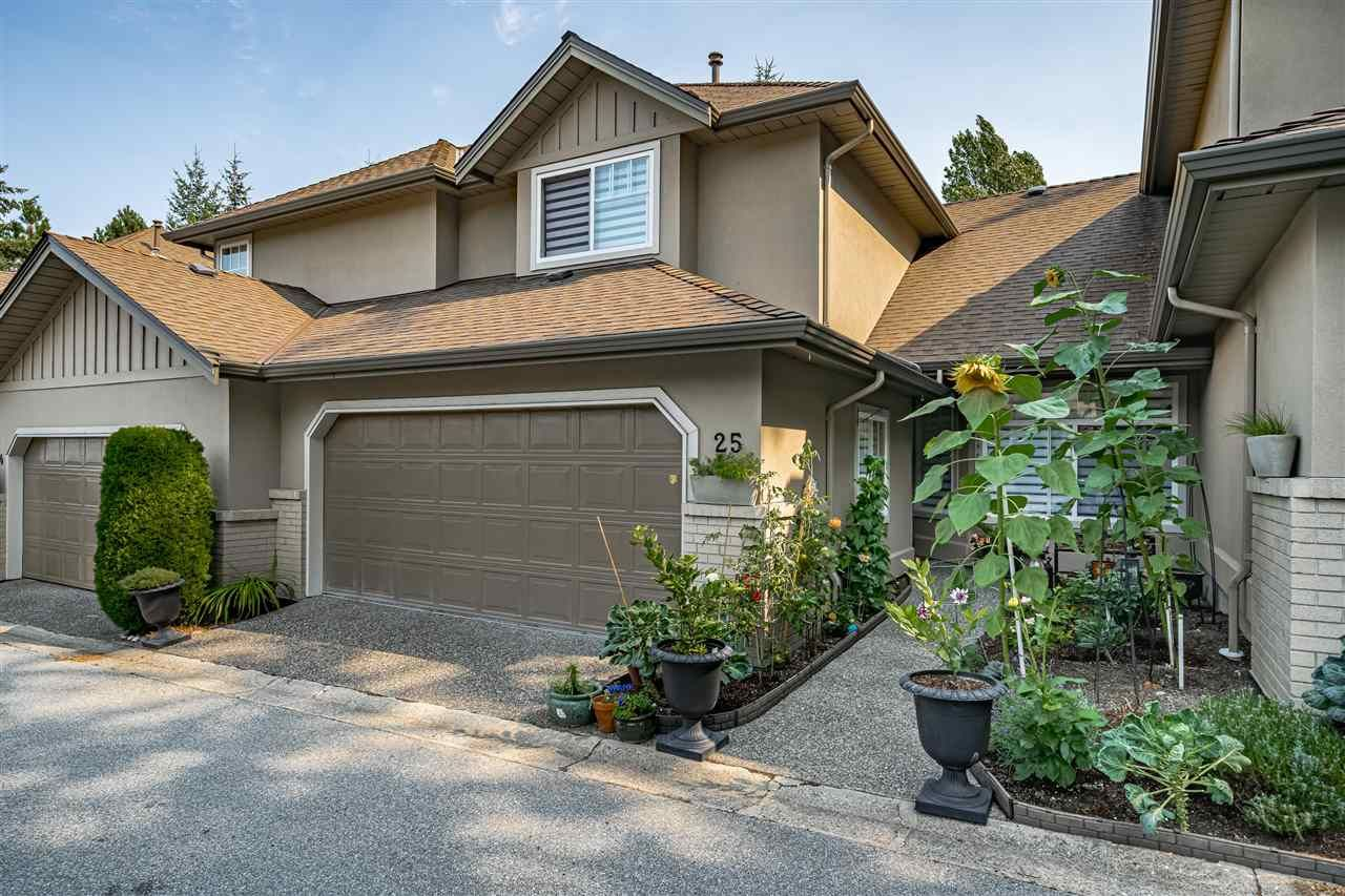Main Photo: 25 15151 26 AVENUE in Surrey: Sunnyside Park Surrey Townhouse for sale (South Surrey White Rock)  : MLS®# R2494724