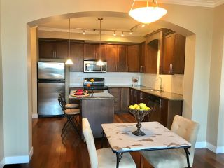 "Photo 3: 206 2627 SHAUGHNESSY Street in Port Coquitlam: Central Pt Coquitlam Condo for sale in ""THE VILLAGIO"" : MLS®# R2393781"
