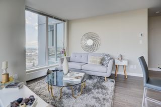 """Photo 5: 3302 488 SW MARINE Drive in Vancouver: Marpole Condo for sale in """"MARINE GATEWAY"""" (Vancouver West)  : MLS®# R2617197"""