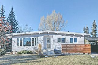 Photo 1: 6531 LARKSPUR Way SW in Calgary: North Glenmore Park House for sale : MLS®# C4149093