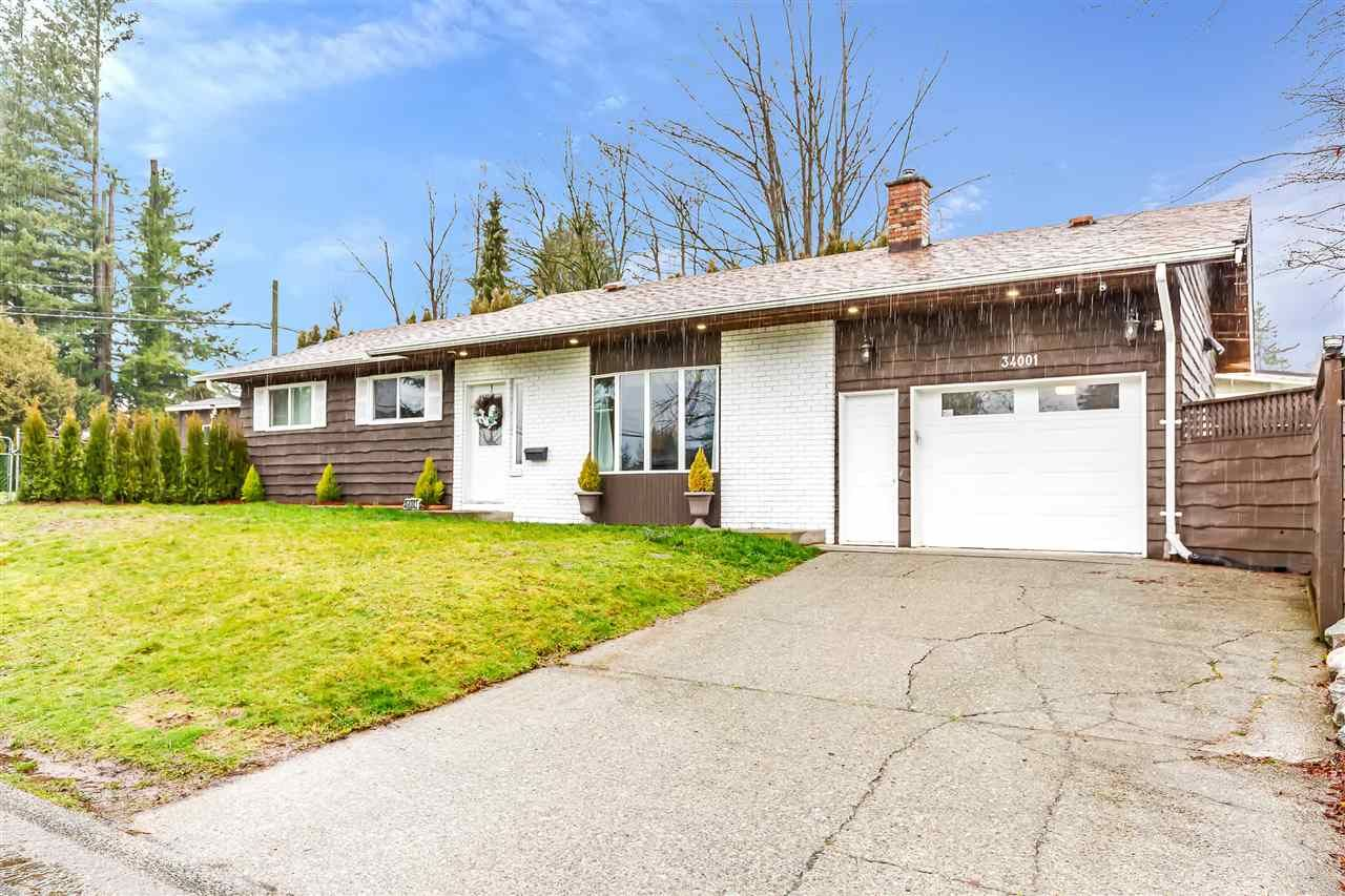 Main Photo: 34001 SHANNON Drive in Abbotsford: Central Abbotsford House for sale : MLS®# R2534712