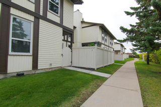 Photo 2: 47 3200 60 Street NE in Calgary: Pineridge Row/Townhouse for sale : MLS®# A1035844