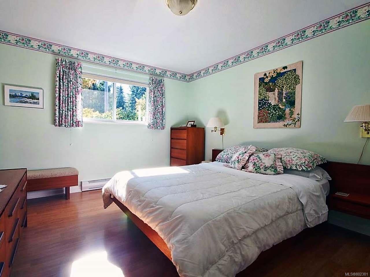 Photo 6: Photos: 608 CHESTER ROAD in QUALICUM BEACH: PQ Qualicum Beach House for sale (Parksville/Qualicum)  : MLS®# 802381