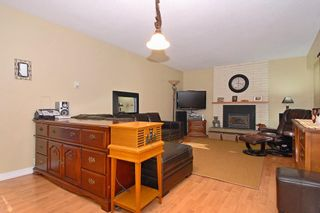 Photo 3: 15837 Thrift Avenue in White Rock: Home for sale : MLS®# F1005736