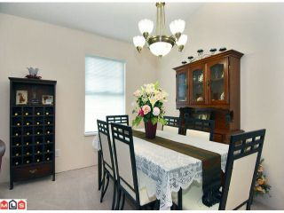 """Photo 6: 1 6537 138TH Street in Surrey: East Newton Townhouse for sale in """"CHARLESTON GREEN"""" : MLS®# F1006130"""