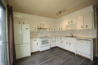 Photo 10: 38 EDGEDALE Court NW in Calgary: Edgemont Semi Detached for sale : MLS®# A1141906