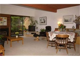 Photo 2:  in SIDNEY: Si Sidney North-East Row/Townhouse for sale (Sidney)  : MLS®# 413651