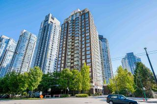 """Photo 40: 2306 550 PACIFIC Street in Vancouver: Yaletown Condo for sale in """"AQUA AT THE PARK"""" (Vancouver West)  : MLS®# R2580725"""