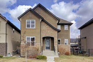Photo 1: 38 Quarry Drive SE in Calgary: Douglasdale/Glen Detached for sale : MLS®# A1076014