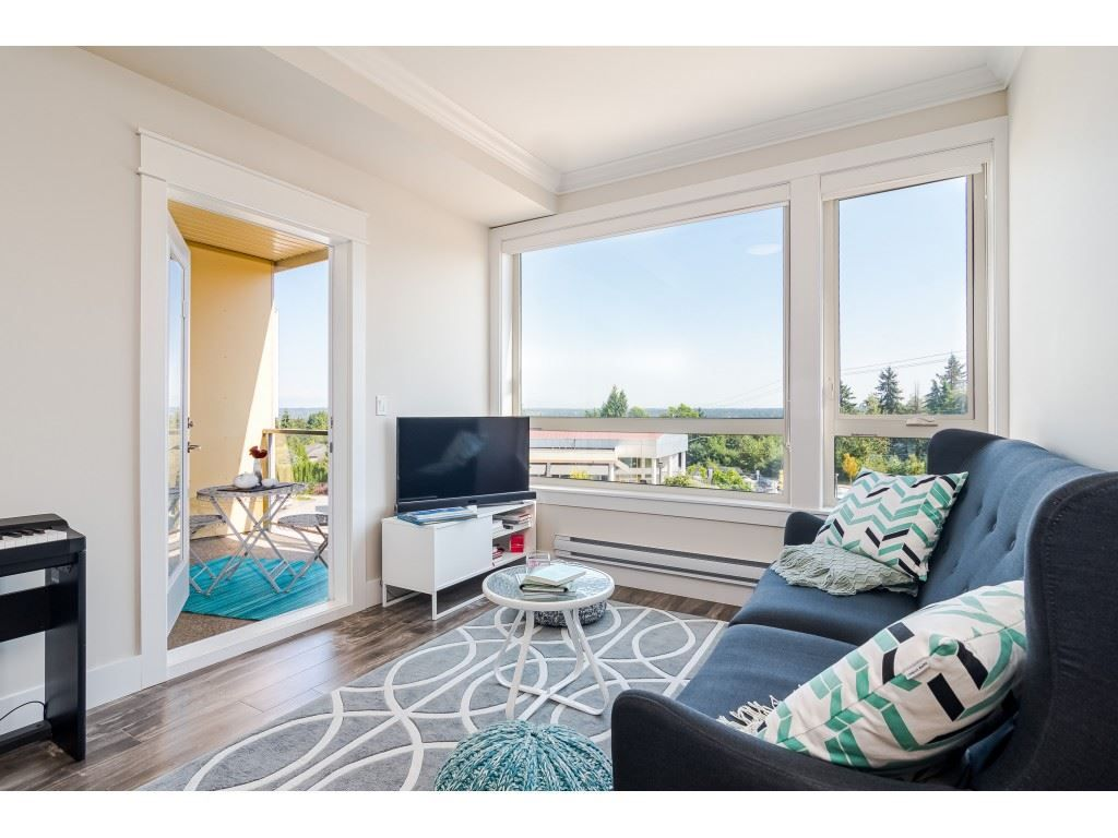 """Photo 12: Photos: 315 19228 64 Avenue in Surrey: Clayton Condo for sale in """"FOCAL POINT"""" (Cloverdale)  : MLS®# R2481765"""