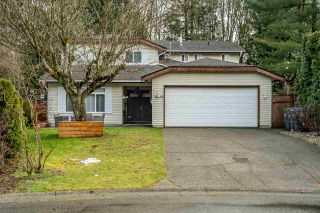 """Photo 2: 10248 159A Street in Surrey: Guildford House for sale in """"Somerset"""" (North Surrey)  : MLS®# R2533227"""