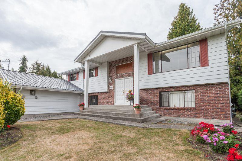 Main Photo: 899 50B Street in Delta: Tsawwassen Central House for sale (Tsawwassen)  : MLS®# R2106553