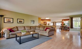 Photo 12: 3778 SHERIDAN Place in Abbotsford: Abbotsford East House for sale : MLS®# R2568030