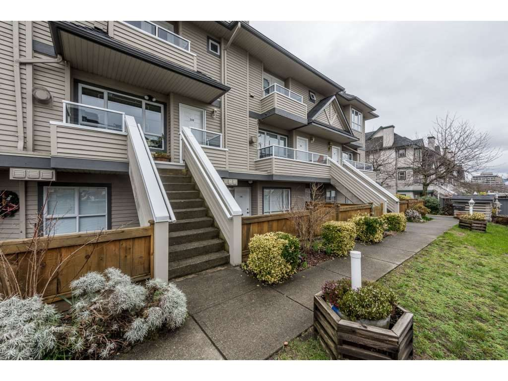 Main Photo: 209 3938 ALBERT STREET in : Vancouver Heights Townhouse for sale : MLS®# R2146061