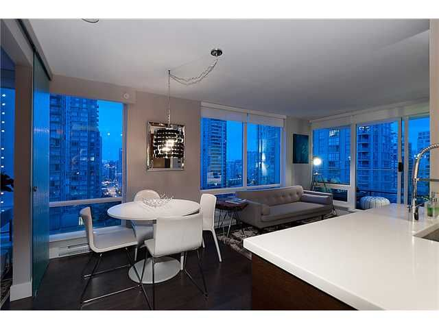 """Main Photo: 1205 535 SMITHE Street in Vancouver: Downtown VW Condo for sale in """"DOLCE AT SYMPHONY PLACE"""" (Vancouver West)  : MLS®# V955964"""