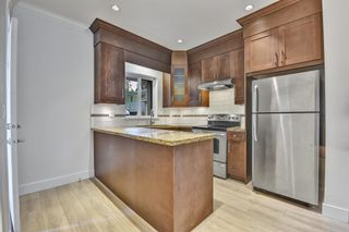 Photo 6: 1430 BEWICKE Avenue in North Vancouver: Central Lonsdale 1/2 Duplex for sale : MLS®# R2625651