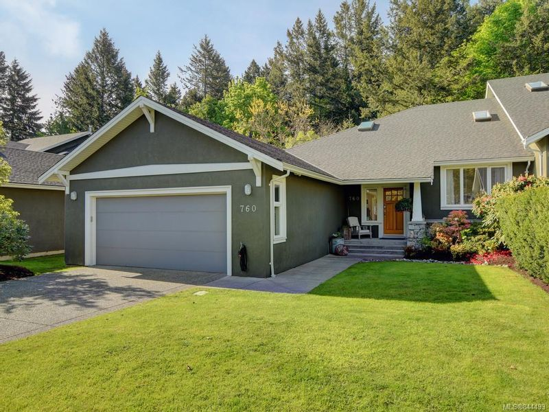 FEATURED LISTING: 760 HILL RISE Lane Saanich