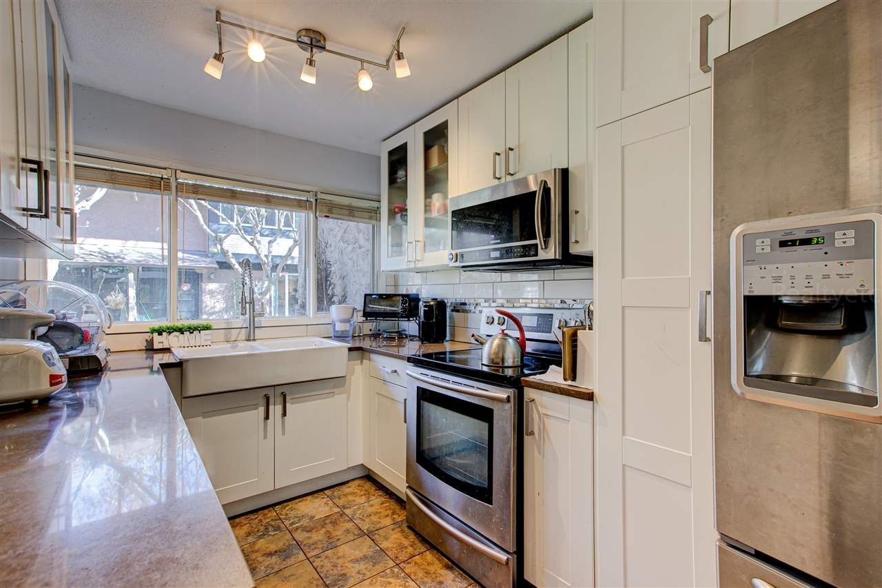 """Main Photo: 53 10071 SWINTON Crescent in Richmond: McNair Townhouse for sale in """"Edgemere Gardens"""" : MLS®# R2582061"""
