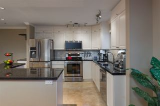 """Photo 5: 504 305 LONSDALE Avenue in North Vancouver: Lower Lonsdale Condo for sale in """"THE MET"""" : MLS®# R2463940"""