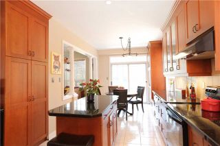 Photo 3: 1013 Sprucedale Lane in Milton: Dempsey House (2-Storey) for sale : MLS®# W3551652