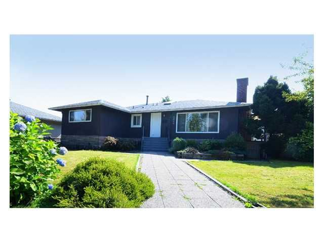 Main Photo: 6854 CARNEGIE Street in Burnaby: Sperling-Duthie House for sale (Burnaby North)  : MLS®# V1073030
