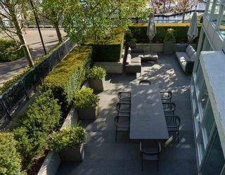 """Photo 27: TH103 633 KINGHORNE Mews in Vancouver: Yaletown Townhouse for sale in """"ICON II"""" (Vancouver West)  : MLS®# R2574326"""