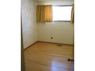 Photo 8: 204 ROUGE Road in WINNIPEG: Westwood / Crestview Residential for sale (West Winnipeg)  : MLS®# 1103744
