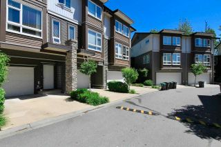 Photo 2: 65 5888 144 STREET in Surrey: Sullivan Station Townhouse for sale : MLS®# R2589743