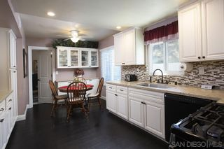Photo 8: CHULA VISTA House for sale : 5 bedrooms : 1614 Dana Point Ct