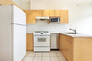 """Photo 11: 2510 1239 W GEORGIA Street in Vancouver: Coal Harbour Condo for sale in """"The Venus"""" (Vancouver West)  : MLS®# R2616996"""