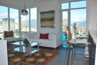 Photo 5: 2510 161 West Georgia Street in Vancouver: Downtown VW Condo for sale (Vancouver West)  : MLS®# v974384