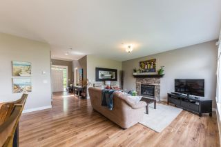 """Photo 3: 22855 DOCKSTEADER Circle in Maple Ridge: Silver Valley House for sale in """"Silver Valley"""" : MLS®# R2191782"""