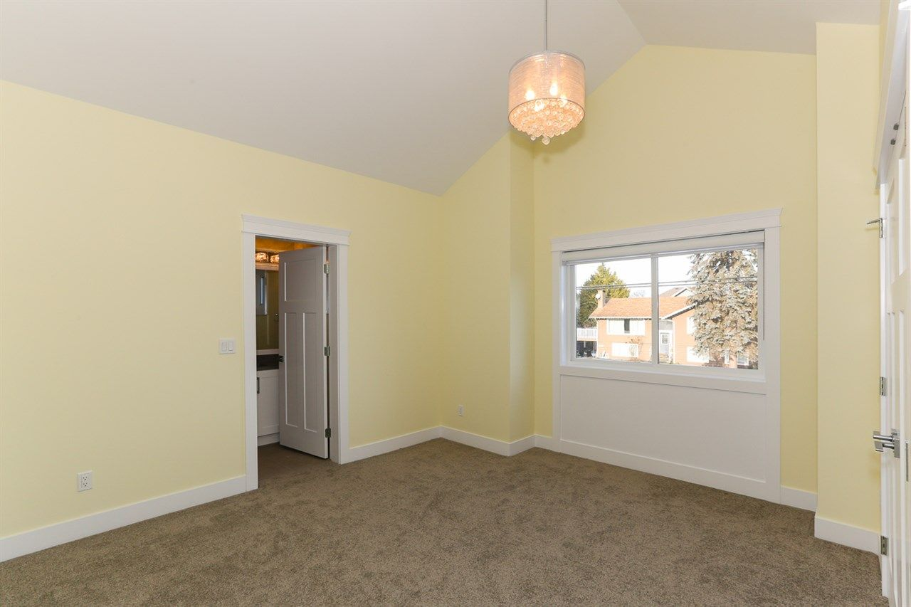 Photo 12: Photos: 5122 44 AVENUE in Delta: Ladner Elementary House for sale (Ladner)  : MLS®# R2024397