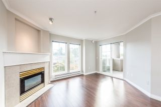 """Photo 3: 313 1669 GRANT Avenue in Port Coquitlam: Glenwood PQ Condo for sale in """"THE CHARLES"""" : MLS®# R2208270"""