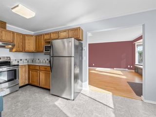 """Photo 7: 22 767 NORTH Road in Gibsons: Gibsons & Area Townhouse for sale in """"NORTH OAKS"""" (Sunshine Coast)  : MLS®# R2415333"""