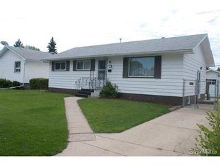 Photo 1: 2426 Wiggins Avenue South in Saskatoon: Saskatoon Area 02 (Other) Single Family Dwelling for sale (Saskatoon Area 02)  : MLS®# 438507