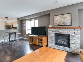 "Photo 9: 6 6747 203 Street in Langley: Willoughby Heights Townhouse for sale in ""Sagebrook"" : MLS®# R2346997"
