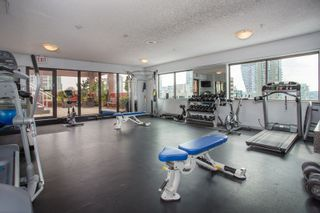 """Photo 15: 605 1177 HORNBY Street in Vancouver: Downtown VW Condo for sale in """"London Place"""" (Vancouver West)  : MLS®# R2304699"""