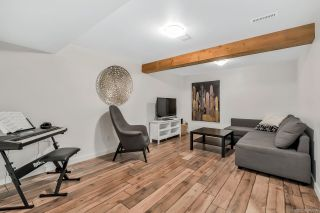 """Photo 15: 1843 LILAC Drive in Surrey: King George Corridor Townhouse for sale in """"Alderwood"""" (South Surrey White Rock)  : MLS®# R2443102"""